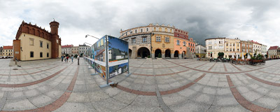 The Main Square in Tarnów.  Click to view this panorama in new fullscreen window