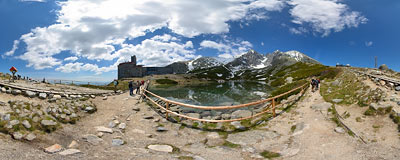 Skalnaté pleso.  Click to view this panorama in new fullscreen window