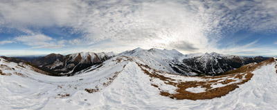 On the ridge trail near the summit of Trzydniowiański Wierch (1758 m) in the Western Tatra Mountains.  Click to view this panorama in new fullscreen window