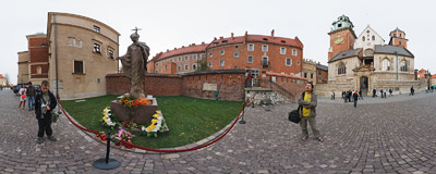 Kraków - Wawel Royal Castle: a new monument of Pope John Paul II.  Click to view this panorama in new fullscreen window