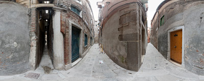 The final part of Calle Varisco is just 53 centimetres wide and is the narrowest street in whole Venice!.  Click to view this panorama in new fullscreen window