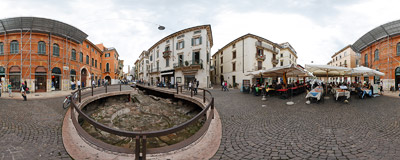 Via Leoni in Verona, Northern Italy, the cardo maximus of the old Roman city.  Click to view this panorama in new fullscreen window