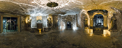 St. Anthony's Chapel on the first level (-64 m) of the salt mine in Wieliczka.  Click to view this panorama in new fullscreen window