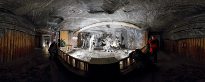 Inside the Janowice chamber, made before 1642 in the salt mine in Wieliczka.  Click to view this panorama in new fullscreen window