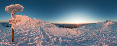 February sunset just under the summit of Veľký Choč (1608 m).  Click to view this panorama in new fullscreen window
