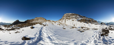 On the trail down from Wildgärst (2891 m) in the Swiss Alps.  Click to view this panorama in new fullscreen window