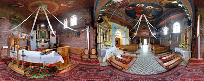 The wooden parish church of the Assumption of Virgin Mary in Woźniki near Wadowice.  Click to view this panorama in new fullscreen window