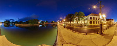 On the bank of the Odra river in Wrocław.  Click to view this panorama in new fullscreen window