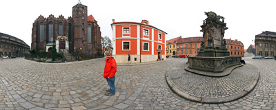 Plac Kościelny (Church Square) in Wrocław.  Click to view this panorama in new fullscreen window