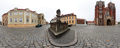 In front of St. John Baptist's Cathedral in Wrocław.  Click to view this panorama in new fullscreen window
