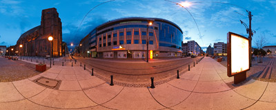 Twilight on the square by St. Mary Magdalene's church in Wrocław.  Click to view this panorama in new fullscreen window