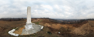 Monument on Kaim Hill.  Click to view this panorama in new fullscreen window